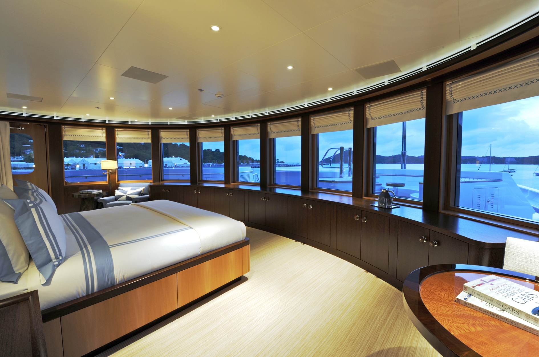Master Cabin Yacht Mad Summer Superyachts News Luxury Yachts Charter Yachts For Sale