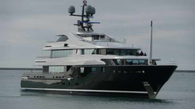 View large version of image: Superyacht SLIPSTREAM