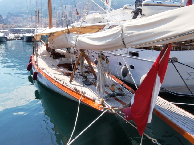 View large version of image: Classic Sailing Yacht