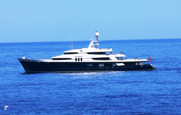 View large version of image: Yacht AMADEUS