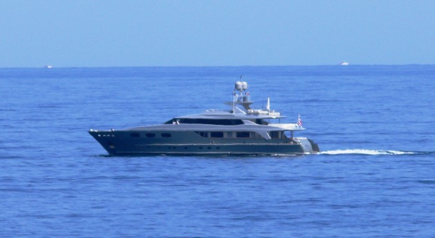 View large version of image: Grey Motor Yacht