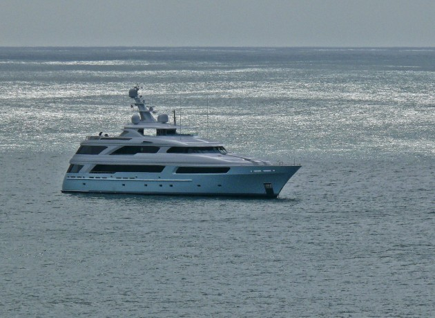 View large version of image: M/Y HAPPY DAYS