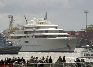 View large version of image: Motor Yacht ECLIPSE Launched