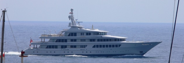 View large version of image: Motor Yacht UTOPIA
