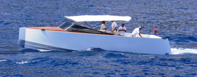 View large version of image: Custom Super Yacht Tender