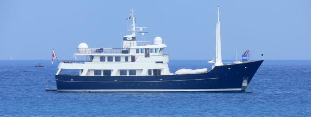 View large version of image: Explorer Superyacht