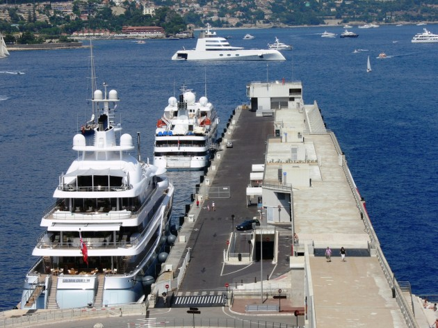 View large version of image: Monaco Mayan Queen Yacht A