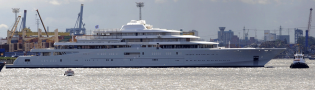 View large version of image: The Largest Private Boat - ECLIPSE the Superyacht