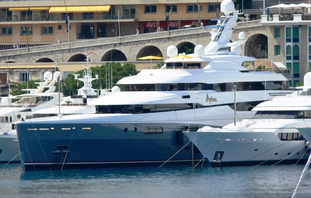 View large version of image: Superyacht AVIVA Picture