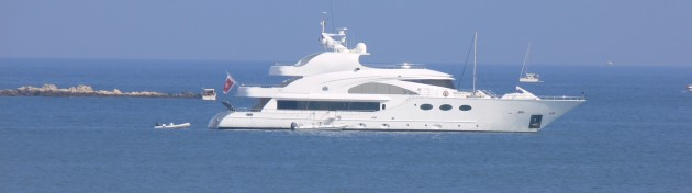 View large version of image: Motor Yacht Fathom Antibes