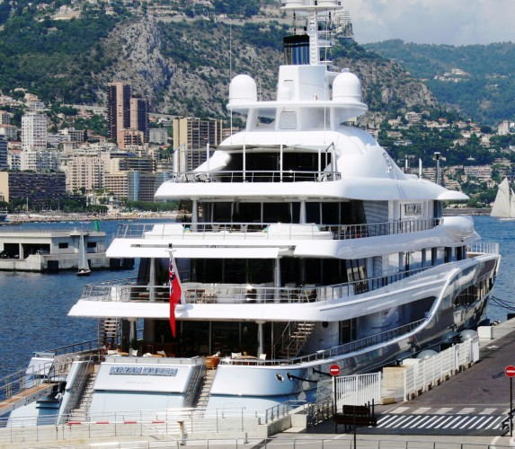 View large version of image: Mega Yacht MAYAN QUEEN Monaco
