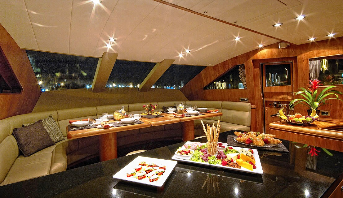 Motor Yacht Annabel Ii Breakfast Area Superyachts News