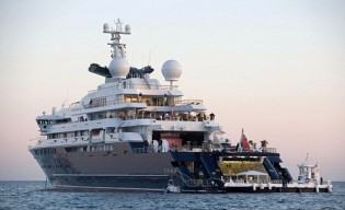 View large version of image: Grandeur Personified - SuperYacht Octopus