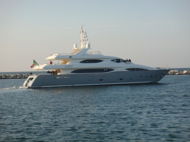 View large version of image: Motor Yacht Lady Belmor