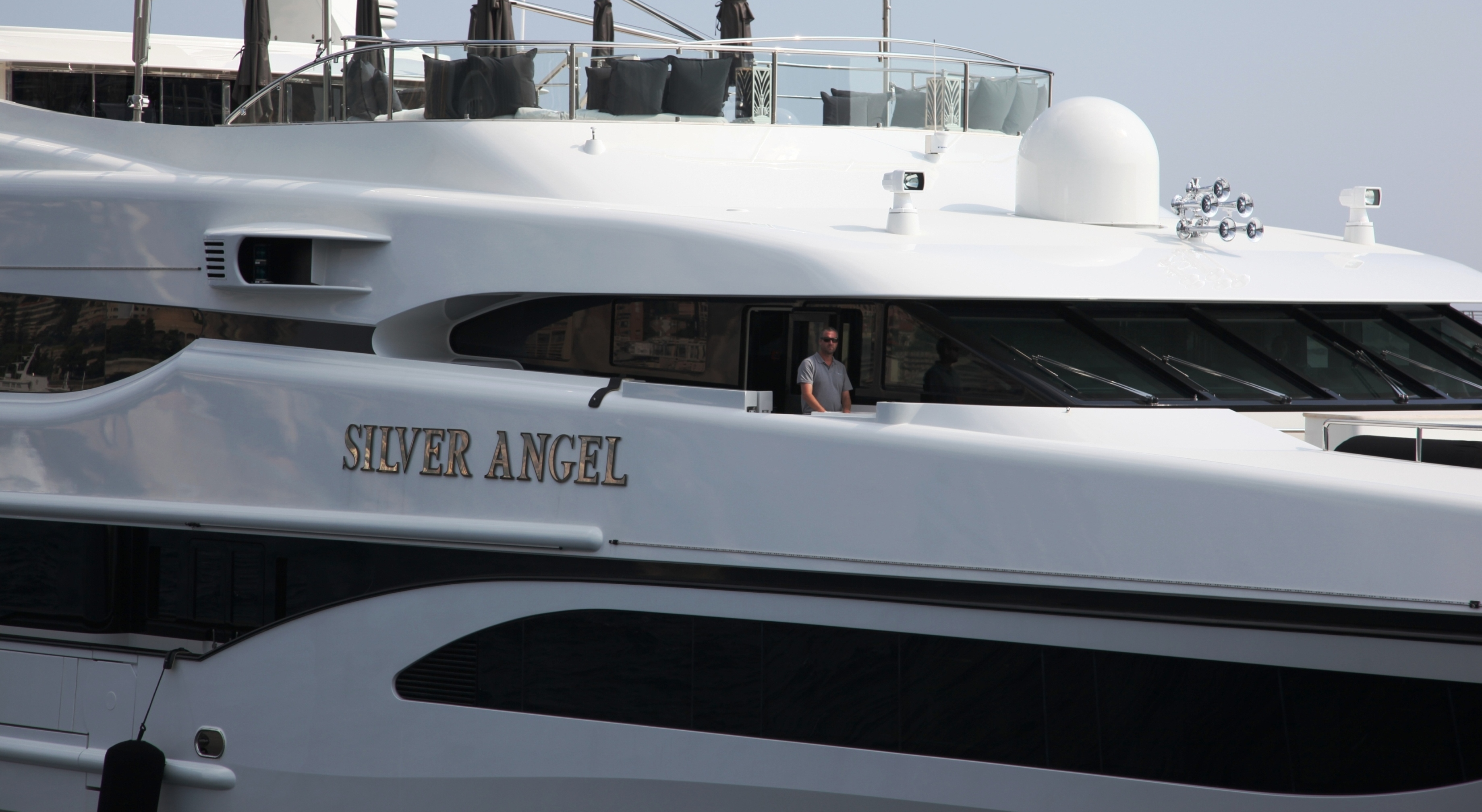 View large version of image: Benetti's motor yacht SILVER ANGEL