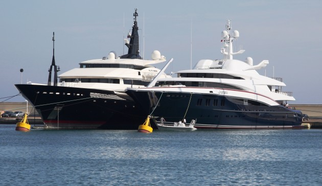 View large version of image: The OceAnco Sisters ALFA NERO & ANASTASIA Catch Up In Antibes