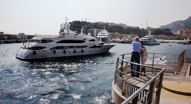 View large version of image: SILVER ANGEL Arriving in Monaco