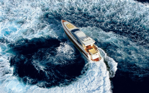 View large version of image: Azimut 86 S motor yacht underway