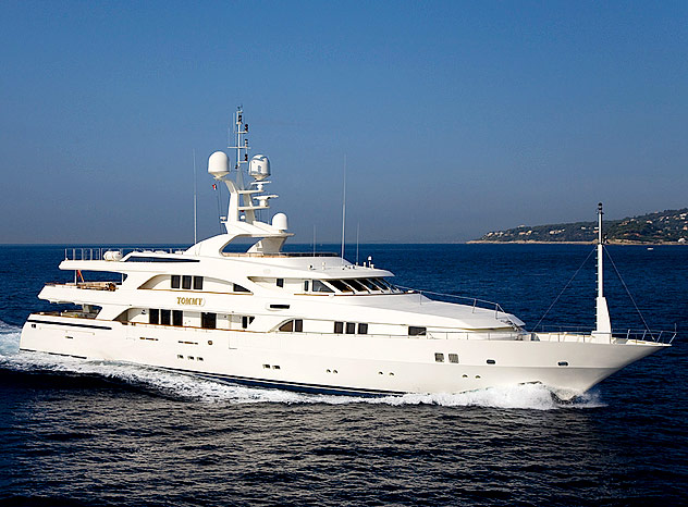 Builder: Benetti. Designer: Stefano Natucci. Base Location: FRANCE