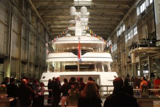 View large version of image: Feadship Launch Motor Yacht Kahalani