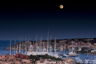 View large version of image: Yacht Club Costa Smeralda Hosts The Oyster Regatta
