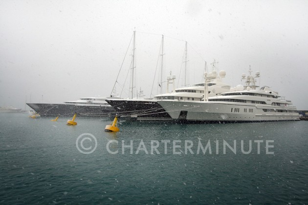 View large version of image: 2010 - Snow in Antibes