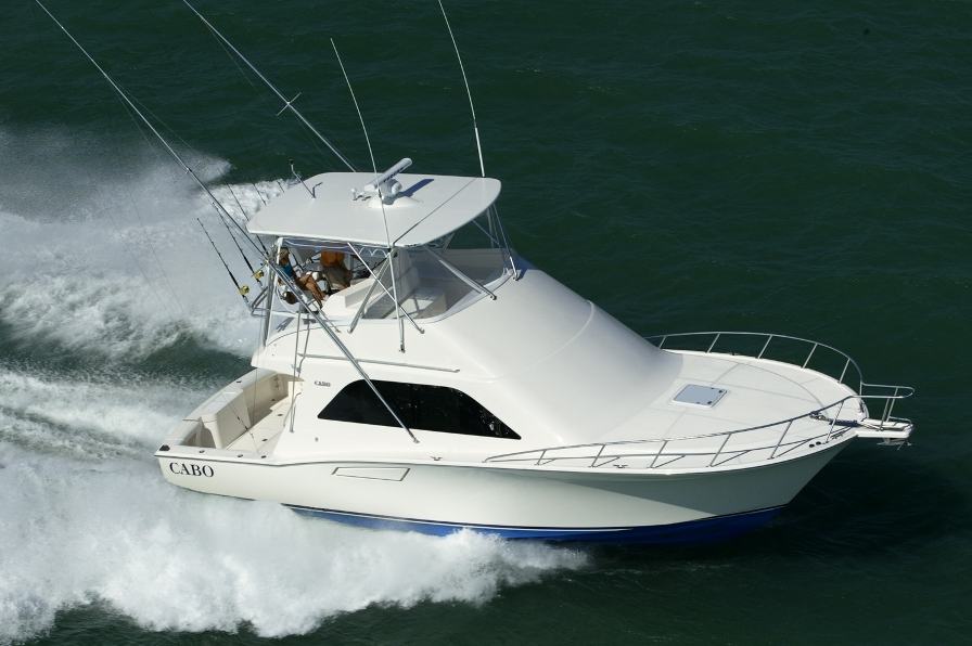 View large version of image: New and improved Cabo 40 Flybridge