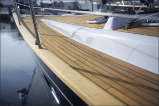 View large version of image: Discovery Yachts Expands their Business in UK