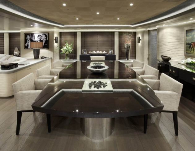 View large version of image: Hurricane Run Superyacht Interior