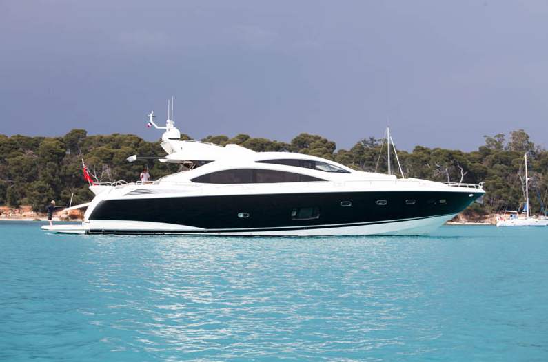 View Large Version Of Image Luxury Motor Yacht Phantom By Sunseeker