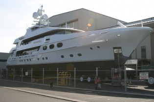 View large version of image: Motor Yacht REMEMBER WHEN launched by Christensen Shipyards