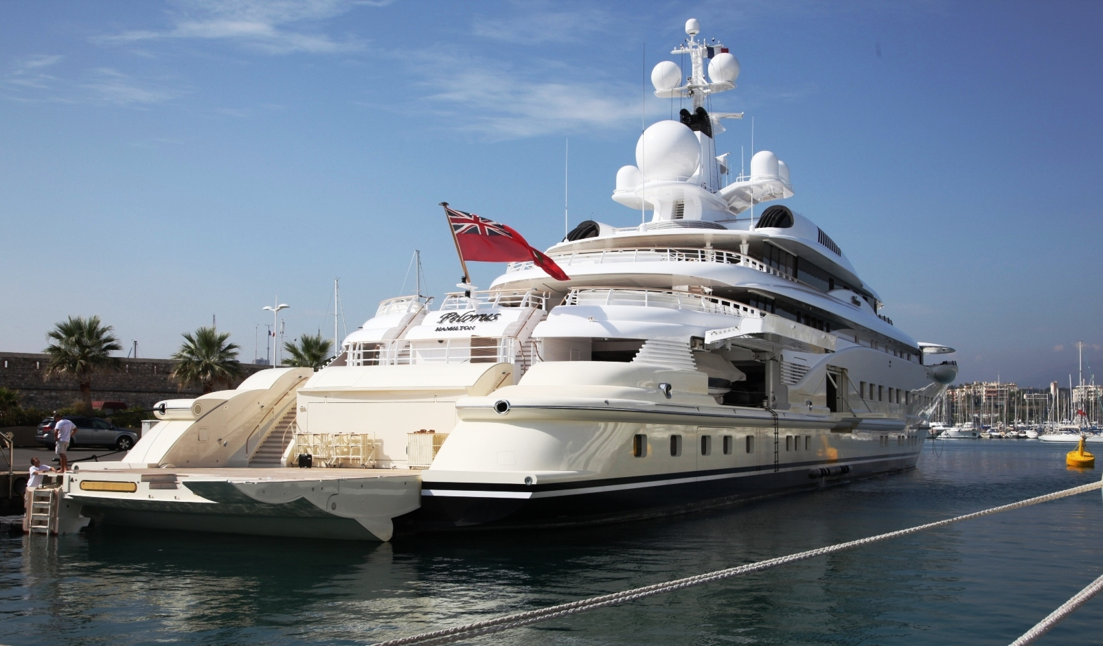Superyacht abramovich  Roman Abramovich Wins Defamation Case Over False Superyacht Claims ...