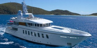 View large version of image: Merle Wood & Associates and Edmiston Put Feadship F45 Vantage on Sale
