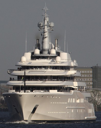 View large version of image: Yacht ECLIPSE departing Germany for NORWAY
