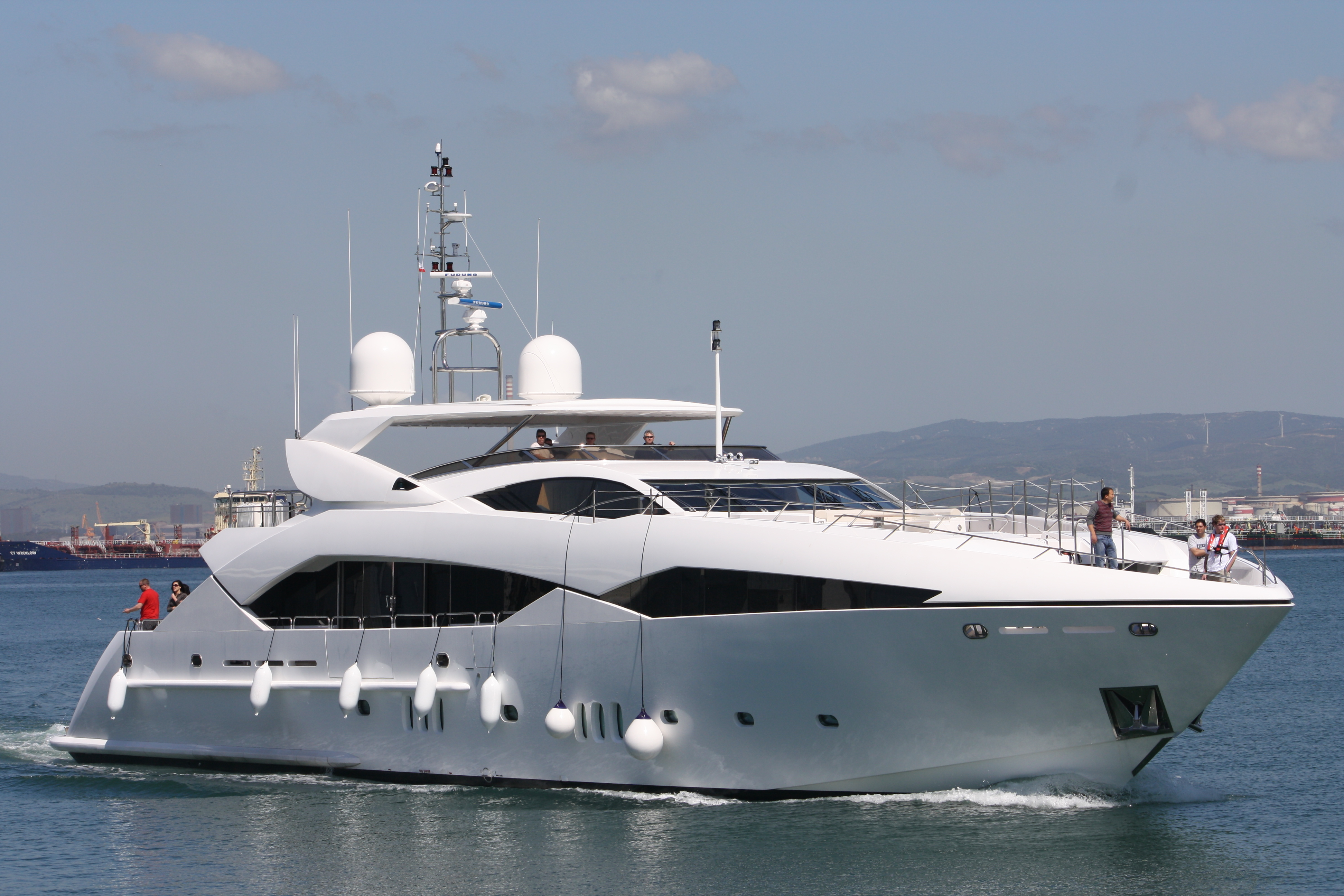 Sunseeker's brand new Predator 130, Evil Zana arriving in Gibraltar on 16th ...