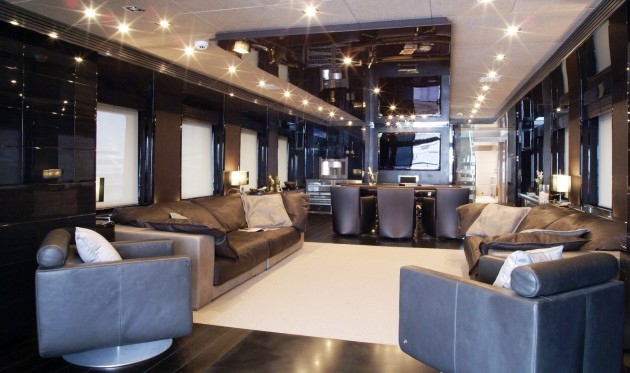 View large version of image: Yacht NOOR - Salon Interior design