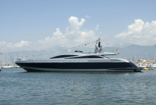 View large version of image: The Launch of the new Codecasa Framura 2 motor yacht