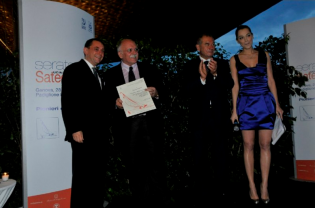 "View large version of image: The ""Boating Pioneer 2010"" award goes to Gianni Zuccon"