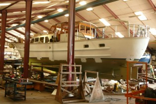 View large version of image: Yacht Sirene being refitted at Van Dam Nordia