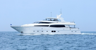 View large version of image: Monte Fino 100 SuperYacht Launched and Delivered to her Owner by Kha Shing Enterprices
