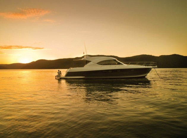 View large version of image: Riviera 5000 Motor Yacht