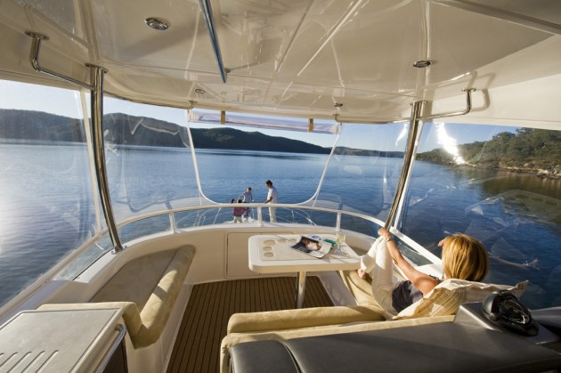 View large version of image: Riviera 43 Open Flybridge Motor Yachts