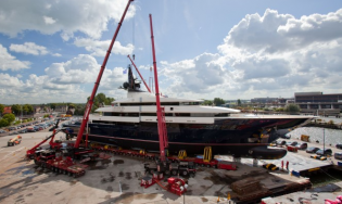View large version of image: Y706 superyacht launched by Oceanco