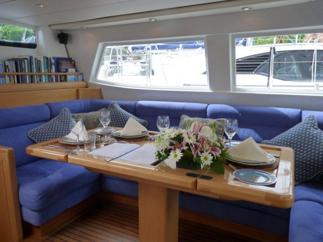 View large version of image: Sailing Yacht Concerto's Main Salon Dining Area