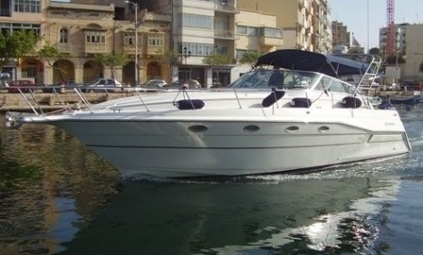 Cruisers Esprit 3670. Used. Yacht Type: Classic Motor Yachts