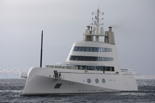 View large version of image: Superyacht