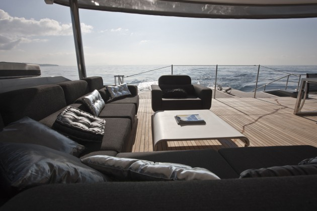 View large version of image: Luxury Catamaran Blue Coast 95 Cartouche