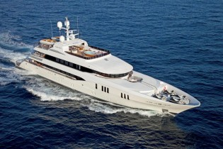 View large version of image: Trinity Yachts Carpe Diem motoryacht delivered and underway