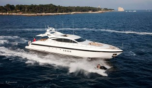 View large version of image: Mangusta Yachts Now Marketed by Overmarine