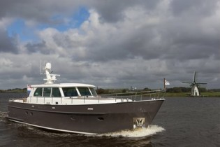 View large version of image: Mulder 55 Mooie Nel Explorer Yacht